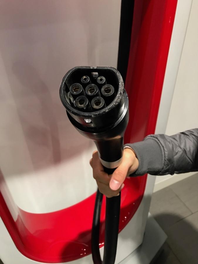 Tesla-type-2-model-s-charge-port